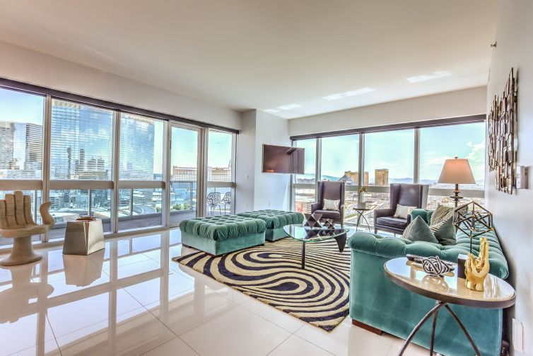 LUXURY/HIGH RISE PHOTOGRAPHY